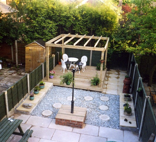 Landscape gardening services in stockport evergreen for Garden decking designs uk