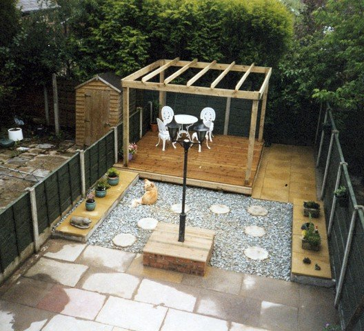 Garden landscaping project in stockport garden patio for Garden decking projects